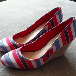 Sole Society wedges striped heels fabric red blue